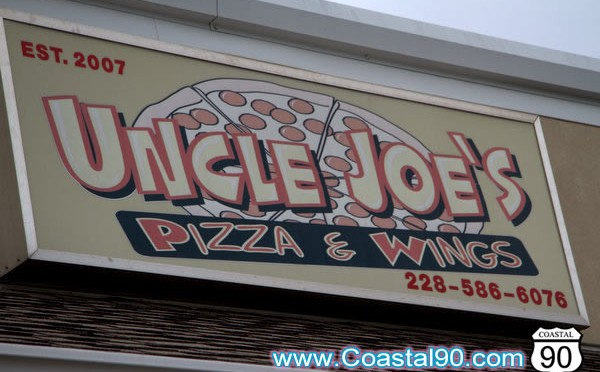 Uncle Joe's Pizza & Wings in Pass Christian