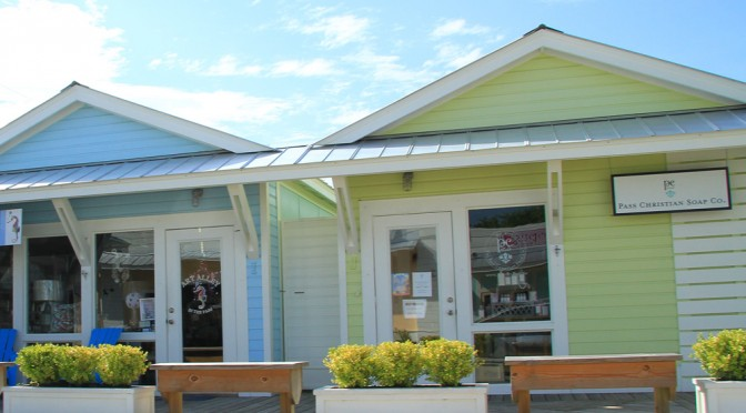 Cute Little Towns Along The Mississippi Gulf Coast